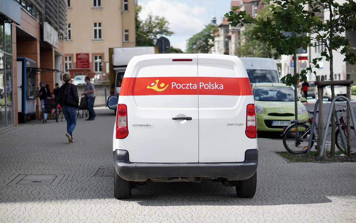 Paczka pocztowa priorytetowa